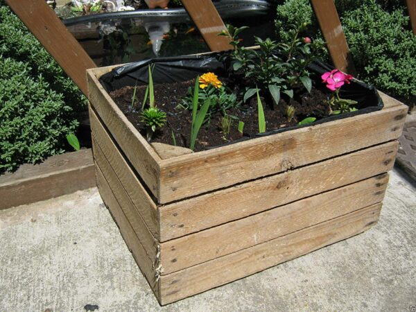 1 x PLANTER Vintage Rustic European Wooden Apple Crates,Wooden Garden Trough Planter Veg Bed Flower Plant Pots