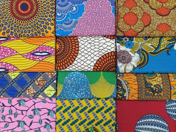 """6 Random African Fashion Inspired Style Fabric Fat Quarters/Samples - Cotton Ankara Material for Sewing, Mask Making, Quilting, Patchwork, Art and Craft - Size: 56cm x 45cm or (22"""" x 17.5"""") (6 Pieces)"""